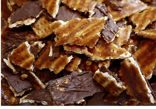 Chocolate Toffee matzo recipe