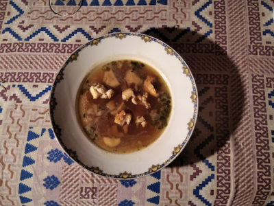 Bowl of vegetarian petcha soup